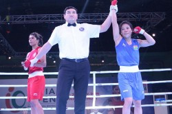 Indian Open Boxing Irritated Mary Kom Overcomes Nikhat Zareens Challenge To Enter Final