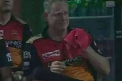 Ipl 2019 Dc Vs Srh Tom Moody Cries After Sunrisers Hyderabad Loss Against Delhi