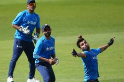 Icc Cricket World Cup 2019 Virat Kohli Tries A Hand At Bowling
