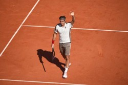 French Open Roger Federer And Rafael Nadal On Course For Semi Final Date