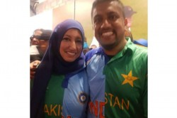 Couple Wears Jersey With India Pakistan Colours Watching Match