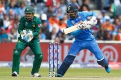 Cwc 19 India Vs Pakistan Openar Kl Rahul Falls After Fifty Virat Kohli In Crease