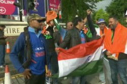 Indian And Pakistan Cricket Team Fans Are Arrived For Watch The Match
