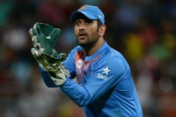 Icc Cricket World Cup 2019 Ms Dhoni Should Keep Playing As