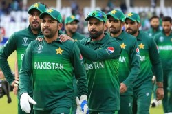 Icc Cricket World Cup 2019 Yousuf Slams Pcb For Allowing Families To Stay With Players