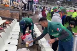 Watch Pakistan Fans Stay Back To Clean Stadium After Win Against New Zealand