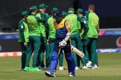 Sri Lanka Vs South Africa Live Score Cwc 2019 Sri Lanka Put Up Total Of