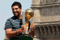 India S 2011 World Cup Hero India All Rounder Yuvraj Likely Announce Retirement