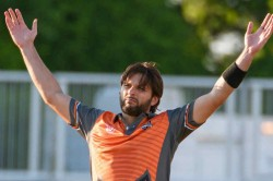 Global T20 Canada Shahid Afridi Blasts Unbeaten 81 Off 40 Balls Hitting The Bal Out