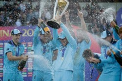England 3rd Country To Lift World Cup On Home Soil