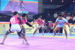 Pro Kabaddi League 2019 Jaipur Pink Panthers Snatch Victory From Bengal Warriors