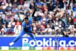 Hardik Pandya Walks Off The Field With Apparent Injury
