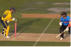 Watch Hampshire Wicketkeeper Lewis Mcmanus Fools Laurie Evans Before Stumping