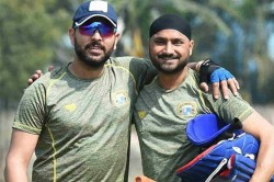Harbhajan Singh And Yuvraj Singh Have A Hilariously Intellectual Discussion On Farts