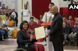 Para Athlete Deepa Malik Receives Rajiv Gandhi Khel Ratna Award From President Ram Nath Kovind