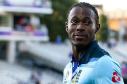 Ashes 2019 Jofra Archer Reacts To Fan S Naughty Gif File Fo Steve Smith