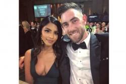 See Pics Is Australian Cricketer Glenn Maxwell Dating Indian Girl Vini Raman