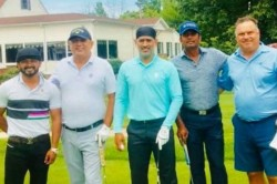 Viral Photo Ms Dhoni Playing Golf With Kedar Jadhav In Usa