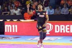 Pkl 2019 Hi Flyer Pawan Sehrawat Became The First Player To Score 100 Raid Points This Season