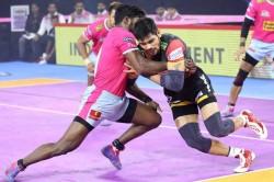Pkl 2019 Rohit Kumar S Super 10 And Dominant Defence Give Bengaluru Bulls A Big Win