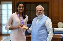 World Championship Pv Sindhu Meets Pm Narendra Modi In Delhi