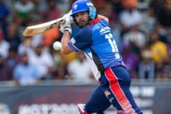 Gt20 Canada Yuvraj Singh Retired Hurt With Back Pain