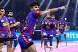Pkl 7 Naveen Kumar 19 Raid Points Helps Dabang Delhi Beat Puneri Paltan