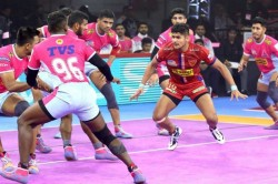 Pkl 2019 Dabang Delhi Raider Naveen Kumar Astonishing 12th Consecutive Super 10 Season