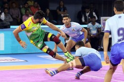 Pkl 2019 Pardeep Narwal Was The Star Of The Show With 26 Raids Points As Patna Pirates