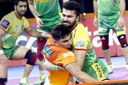 Pkl 2019 Neeraj Kumar And Pardeep Narwal Lead Patna Pirates Beat Puneri Paltan