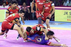 Pkl 7 Amit Sheoran Tackled Naveen Kumar To Help Bengaluru Bulls Tie Vs Dabang Delhi