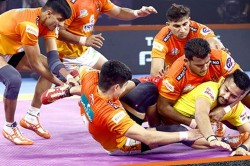 Pkl 2019 Nitin Tomar S Terrific Super 10 Powers Puneri Paltan To Victory Vs Gujrat Fortunegiants