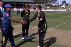 Australia Women S Captain Meg Lanning Brings Teammate Alyssa Healy For The Toss