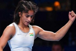 Mat To Plate When Vinesh Phogat Is Angry Don T Talk Of Diet