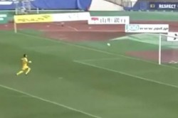 Watch Goalkeeping Howlers Gift Opposition Two Goals From Halfway Line