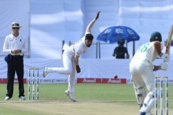 Indvsa 2nd Test Umesh Yadav And Mohammed Shami Strike Early On Day