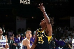 Nba In India Indiana Pacers Beat Sacramento Kings In India Nba Debut