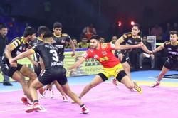 Pkl 7 Sonu Pankaj Stars As Gujarat Fortunegiants Beat Telugu Titans By 48