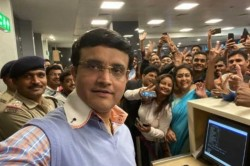 Sourav Ganguly S Airport Selfie With Fans Dada Feels Grateful