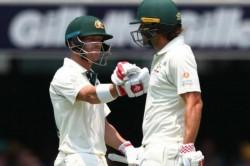 Australia Vs Pakistan 2nd Test David Warner Joe Burns Kill Time Playing Rock Paper Scissors