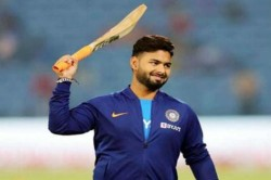 You Are Not Going To Be A Superstar In 1 Day Ravi Shastri To Rishabh Pant