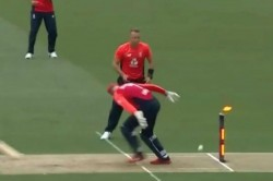 Watch Sam Billings Pulls Off Ms Dhoni Like Run Out To Dismiss Ross Taylor In 5th T20i Against New Ze