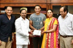 Mohammad Azharuddin S Son To Marry Sania Mirza S Sister Telangana Cm Kcr Invited