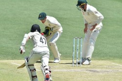 Australia Vs New Zealand 1st Test Tim Paine Miss Easy Run Out Of Bj Waiting Fans Troll Him