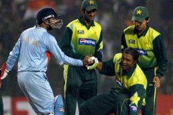 I Have More Money Than You Have Hair On Your Head Shoaib Akhtar Takes A Jibe At Virender Sehwag