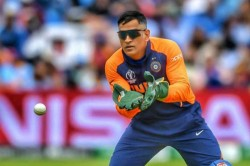Senior Bcci Official Had Intimated Dhoni About The Contracts List