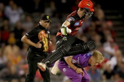 Sam Harper And Nathan Ellis Were Involved In A Nasty Collision In Bbl