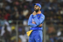 Watch India Humiliated Kohli Cannot Come In 28th Over Akhtar Gives Advice