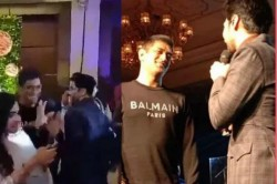 Ms Dhoni Shies Away After Singer Armaan Malik Invites Him On Stage Funny Video Goes Viral
