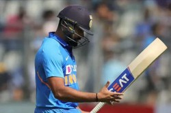 India Vs Australia 1st Odi Shikhar Dhawan Firm After Rohi Sharma Falls To Mitchell Starc